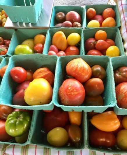 marché public tomates